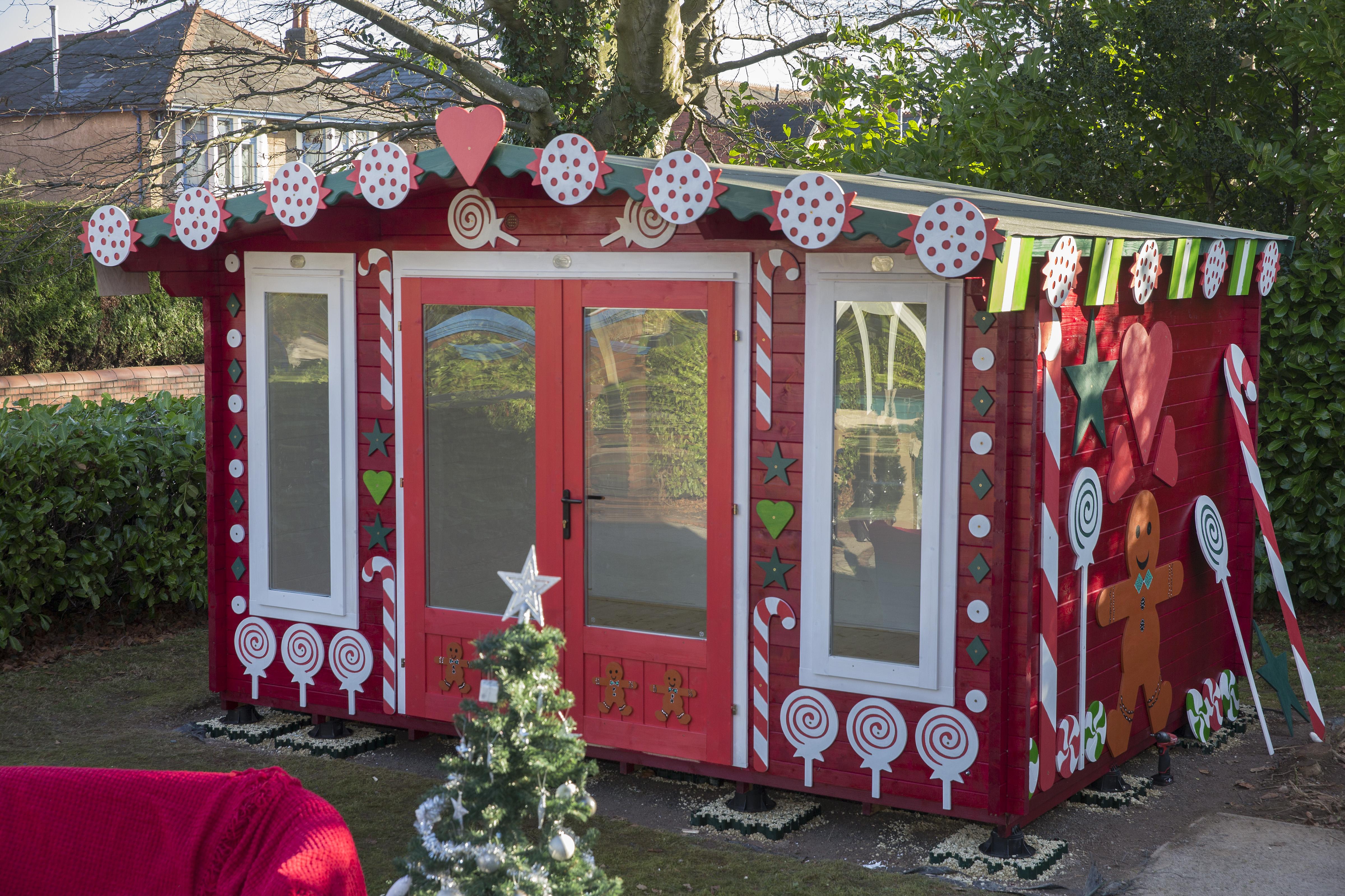 Christmas decoration for Log Cabins